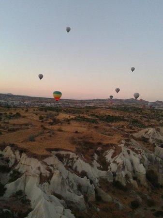 Hot Air Ballooning Cappadocia: VAle dos Balões2