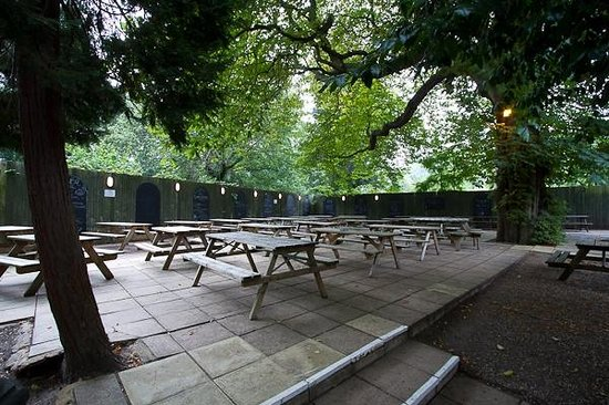 The beer garden at the Crown and Greyhound, Dulwich