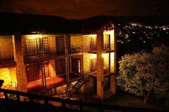 Afrique Boutique Hotel Ruimsig: AFRIQUEEXTERIOR