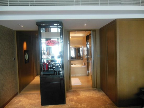 โรงแรมเดอะริทซ์คาร์ตัน ฮ่องกง: Room