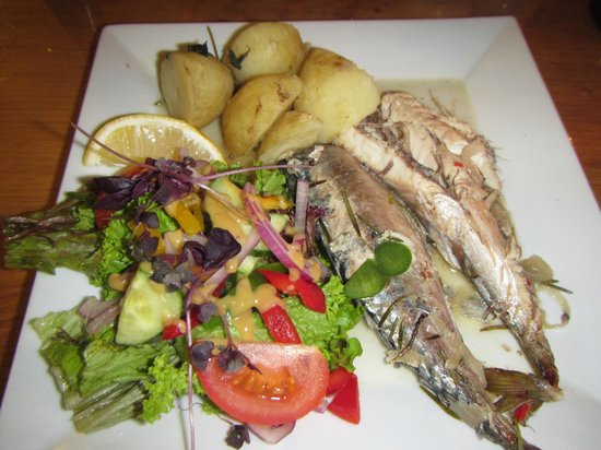 Crooked Inn: Specials, Pan Fried Mackrel