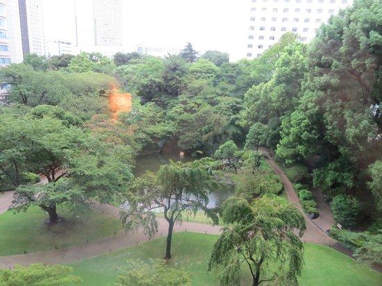 Grand Prince Hotel Takanawa : The garden near the hotel