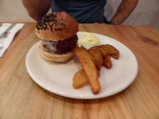 Ovejas Negras: Burger
