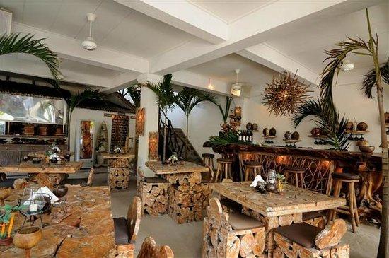 La Plage: Restaurant Inside Downstairs
