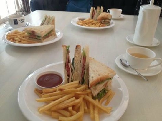 Cave coffee: clubhouse sandwitch