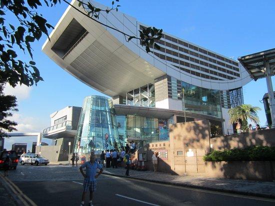 พีคทาวเวอร์: общий вид здания