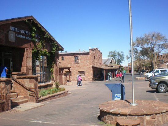 Cameron Trading Post Restaurant: Cameron Trading Post and Post Office