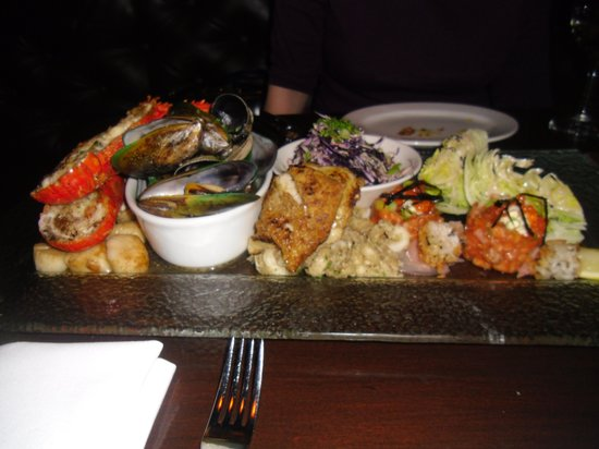 Pier 19: Amazing Seafood Platter