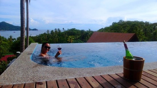 Koh Tao Heights Boutique Villas: Poolside