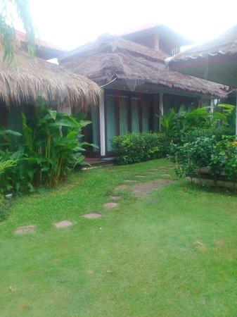 เดอะ โบราโบร่าเบ้ดแอนด์ดรีม: resort surrounding