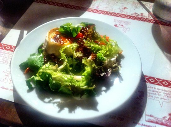 Pampero: Warm goats cheese salad (1/2 portion - already shared)