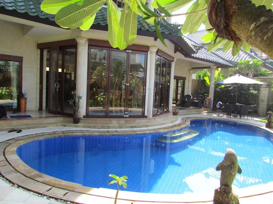 Bali Diamond Villas: the pool sparkles