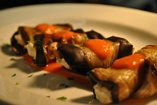 Agnanti Restaurant: AUBERGINES ROLLS