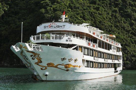 Starlight Cruise Halong Bay - Day Tour: Starlight Cruise - Halong Bay - Vietnam