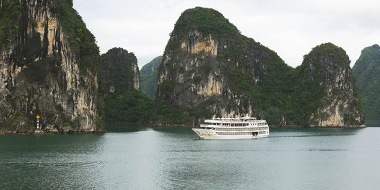 Starlight Cruise Halong Bay - Day Tour: Starlight Cruise - Halong Bay - Vietnam
