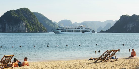 Starlight Cruise Halong Bay - Day Tour: Titop Island