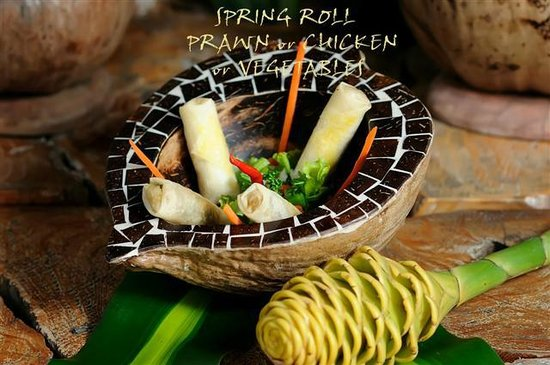 La Plage: SPRING ROLL  PRAWN or CHICKEN or VEGETABLES
