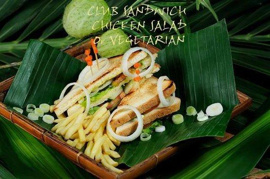 La Plage: CLUB SANDWICH CHICKEN SALAD or VEGETARIAN