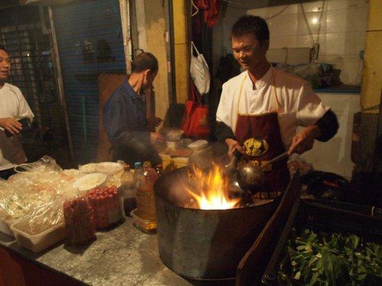UnTour Shanghai Food Tours: Street Noodles