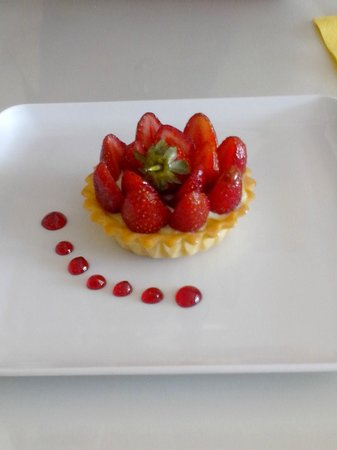 Leone Patisserie & Boulangerie: Strawberry