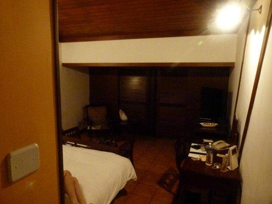 เดอะลีลา โควาลัม บีช: Room