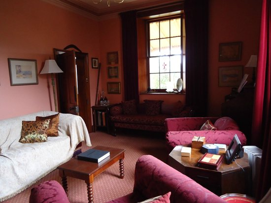 Meredith House and Mews: Sitting room