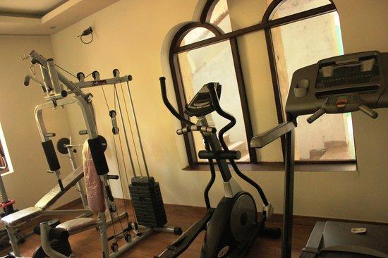 สุขมันตรา รีสอร์ท แอนด์ สปา: Gym