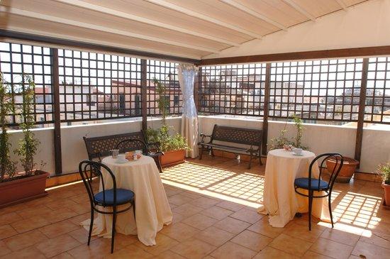 La Residenza Hotel: Prime colazioni estive roof garden