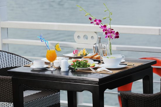 Starlight Cruise Halong Bay - Day Tour: Breakfast - on sundeck