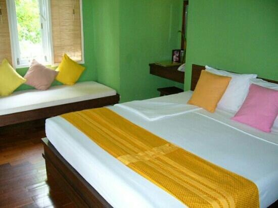 ทรายแก้ว บีช รีสอร์ท: indoor garden villa bungalow type