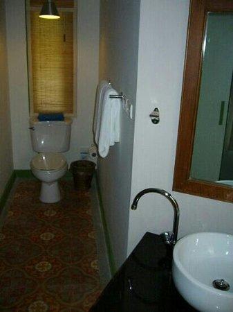 ทรายแก้ว บีช รีสอร์ท: garden villa bungalow wc