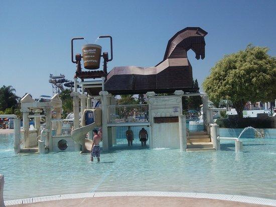 สวนน้ำวอเทอร์เวิลด์: Детское место