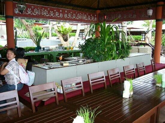 เสม็ด คลับ รีสอร์ท: restaurant