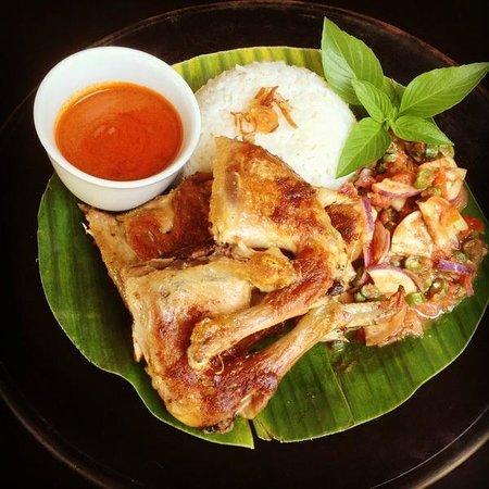 Asmara Restaurant & Lounge: Ayam Taliwang