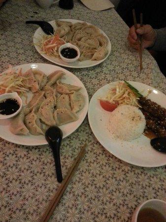 Jenny's Dumpling & Sushi: dumbling and chicken yakitori rice
