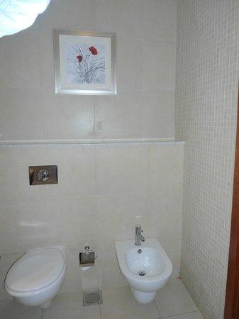 โรงแรมรามาดาเชลซี อัลบาชา: good
