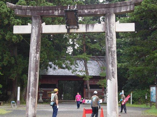 Mt. Haguro: 随神門