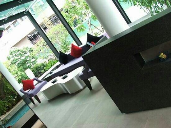 โรงแรมซีทรู บาย เดอะ ซายน์: lobby
