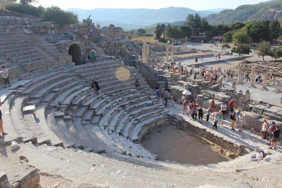 อควา แฟนตาซี แลนด์: Ephesus Theater