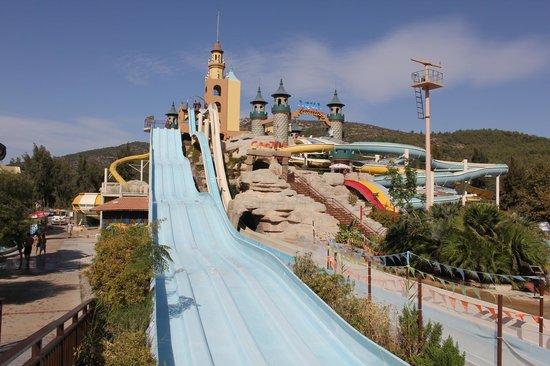 อควา แฟนตาซี แลนด์: Water Park