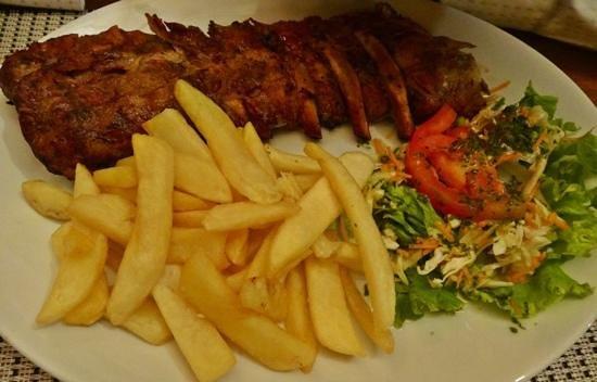 Restaurante Oasis: fatty ribs