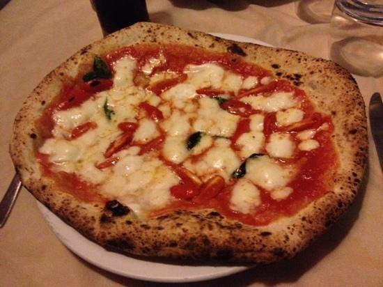 Pizzeria Saviello: Extra al filetto.Eccezionale!!