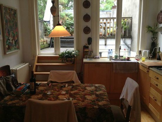 Maes B & B: The dining room