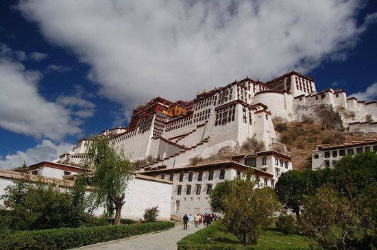 Trekking Team Pvt. Ltd. - Day Tours: Tibet, Potala