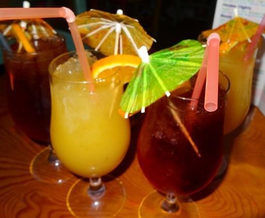 Bar Havana: Happy hour!