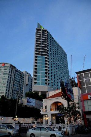 โรงแรมฮอลิเดย์ อินน์ พัทยา: View of Hotel