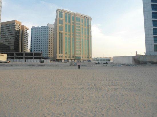 โรงแรมรามาดาเชลซี อัลบาชา: Shopping area