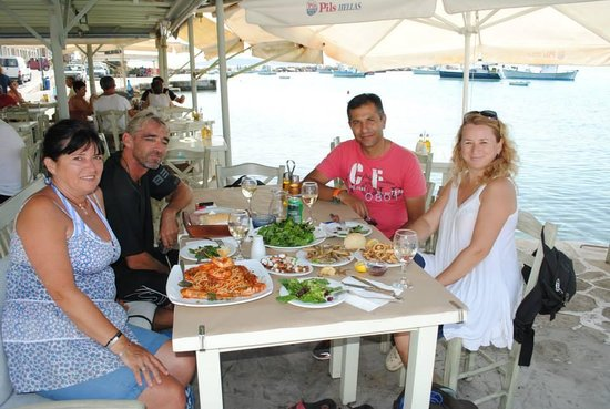 Apoplous Taverna and Ouzeri: me with my french friensd