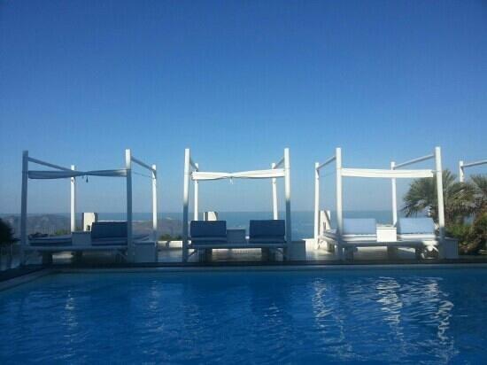 แอนโดรเมด้าวิลล่าส์: pool view