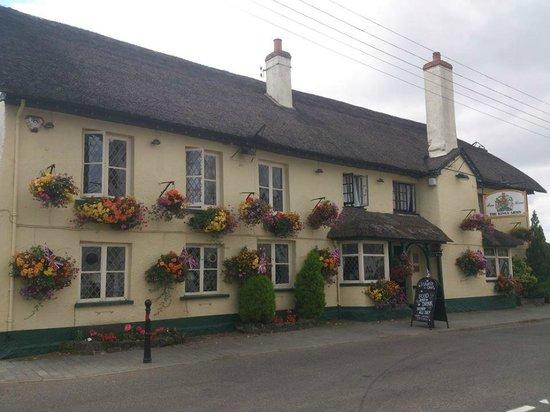 The Kings Arms Inn: The Pub